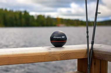 is it better to get a portable or castable fish finder